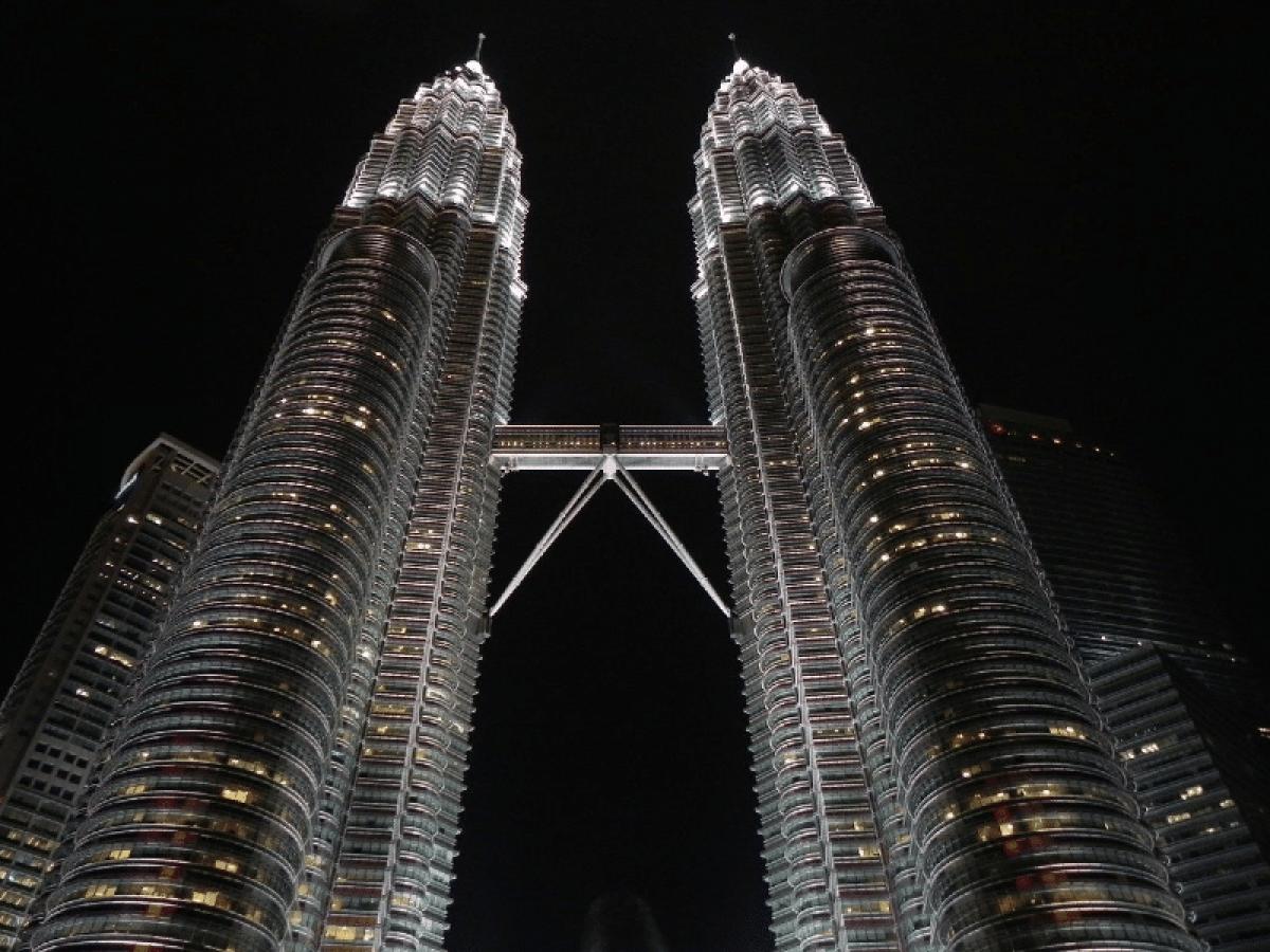 Bolsa da Malásia começa testes de emissão de bonds usando blockchain