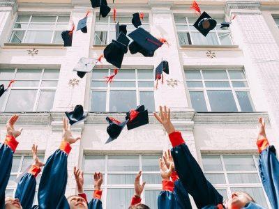 Ministério da Educação anuncia emissão digital de diplomas para evitar fraudes e reduzir custos