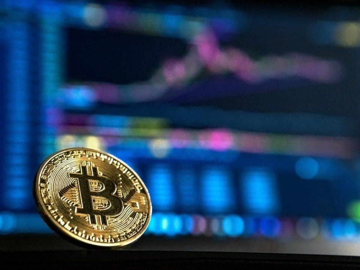 Cota de ETF de bitcoin dobra de valor; transações da cripto caíram 11% em setembro