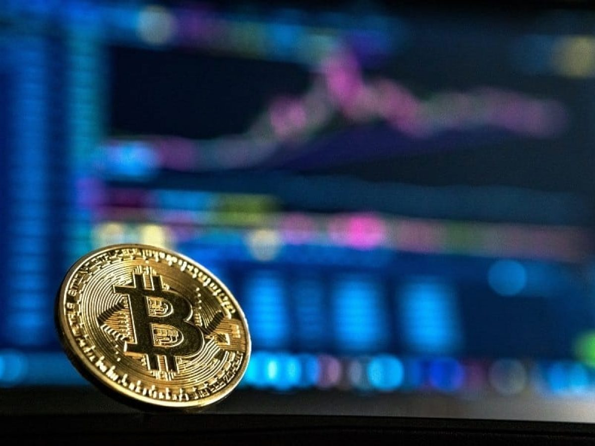 Preço da ação da Coinbase deve sair a US$ 250 na oferta de amanhã