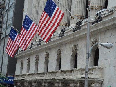 Bolsa de Nova York lança NFTs do toque do sino em ofertas de ações